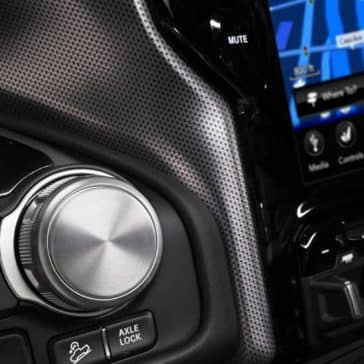 rotary E-shifter and touchscreen in 2019 Ram 1500