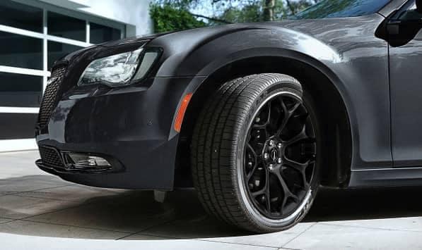 closeup of wheel of 2019 Chrysler 300
