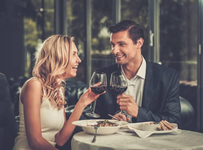 couple eats dinner together