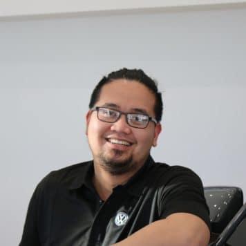 Leo  Rueda
