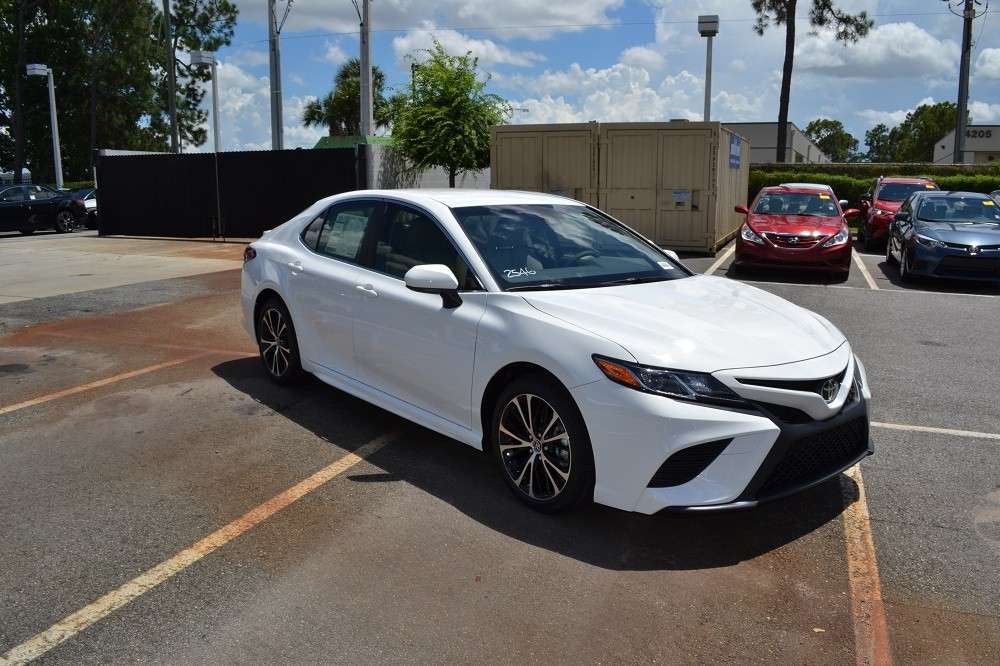 2018 Toyota Camry | Toyota of Orlando