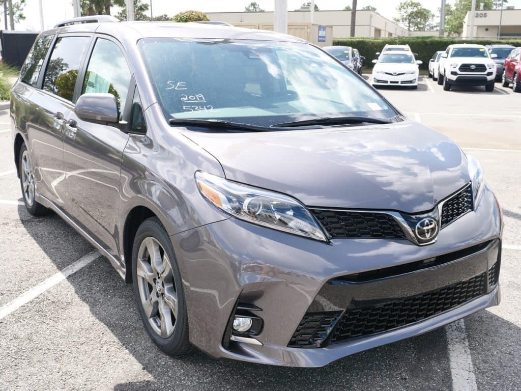 Orlando Toyota minivan