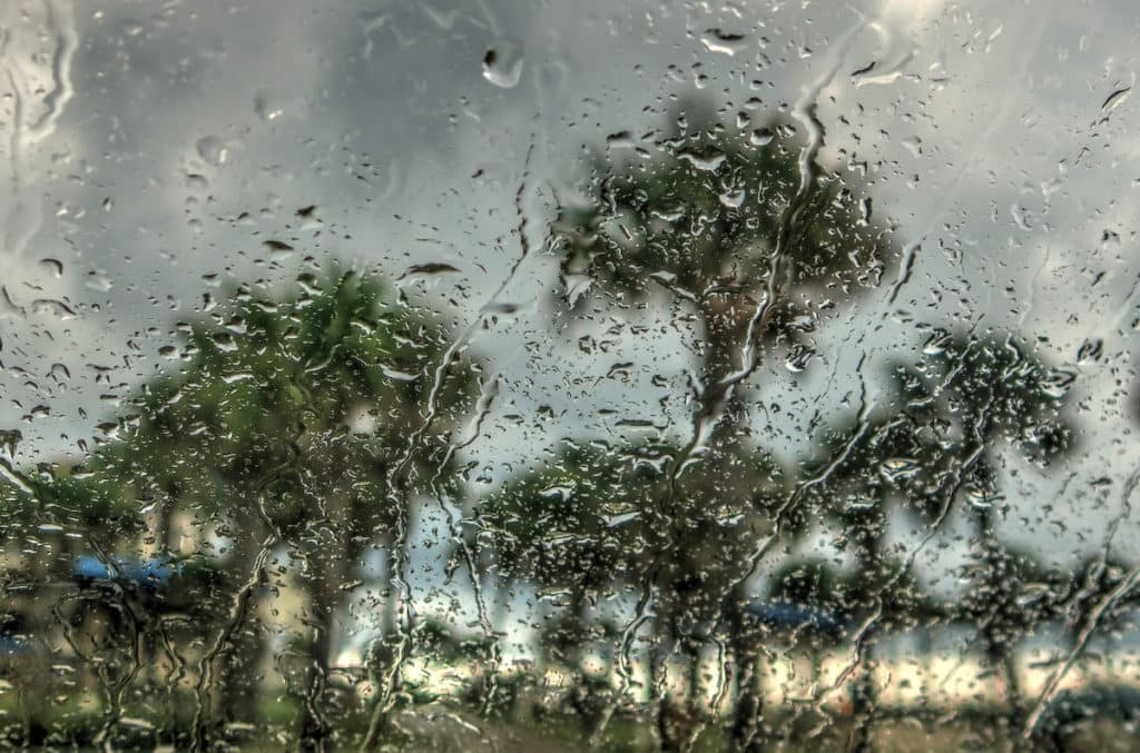 tips for driving in rain