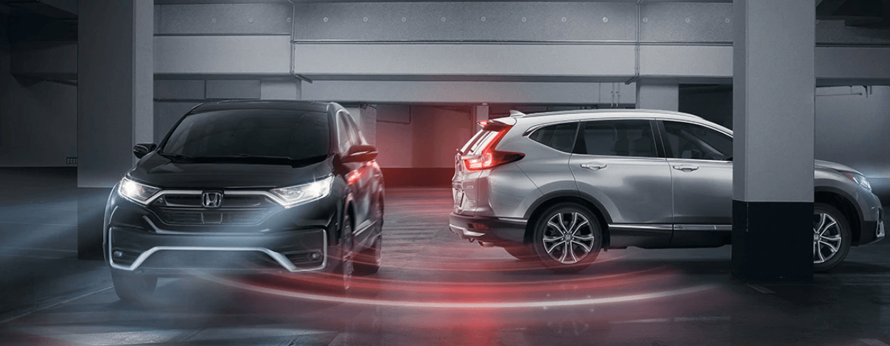 two different 2020 Honda CR-V configurations in parking lot