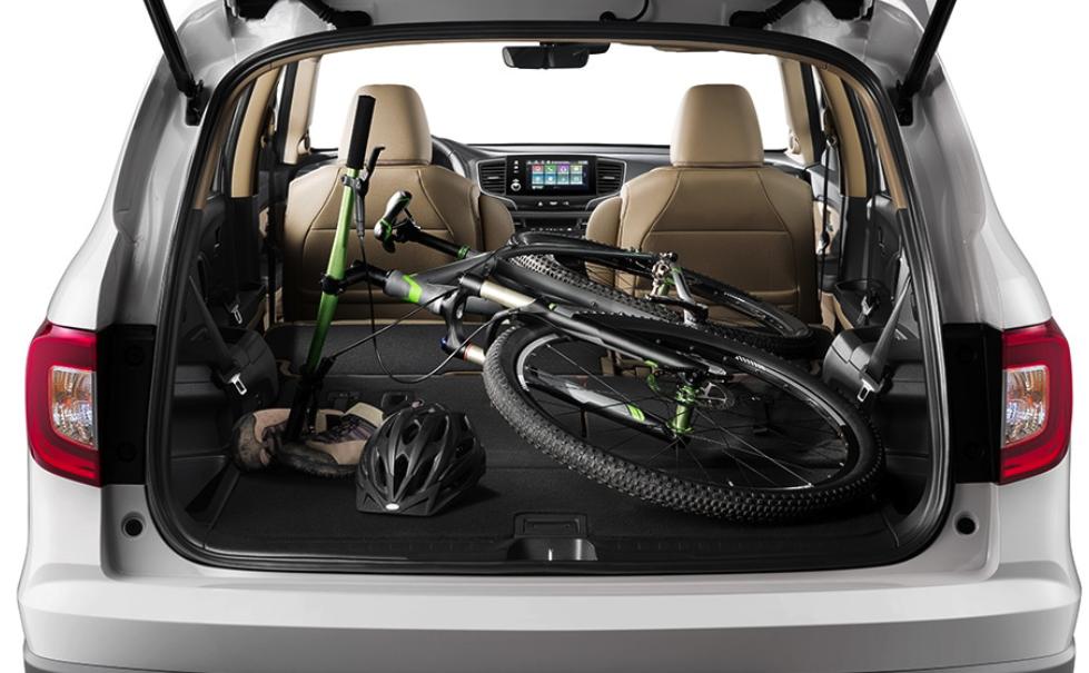 2021 Honda Pilot trunk space cutaway