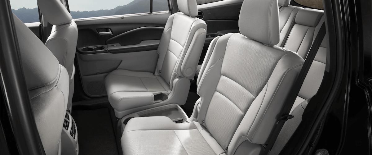 2021 Honda Pilot Interior Seating Cutaway Banner
