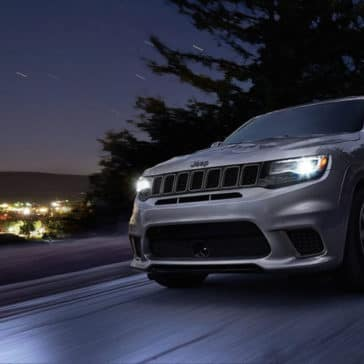 2018 Jeep Grand Cherokee headlights