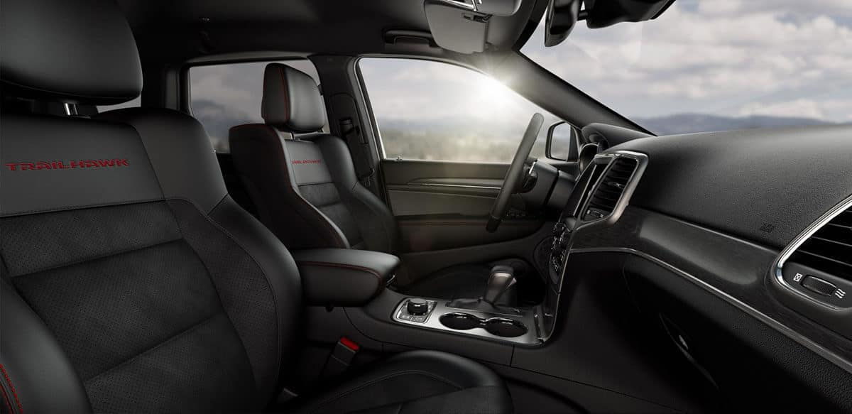 2018 Jeep Grand Cherokee interior seating