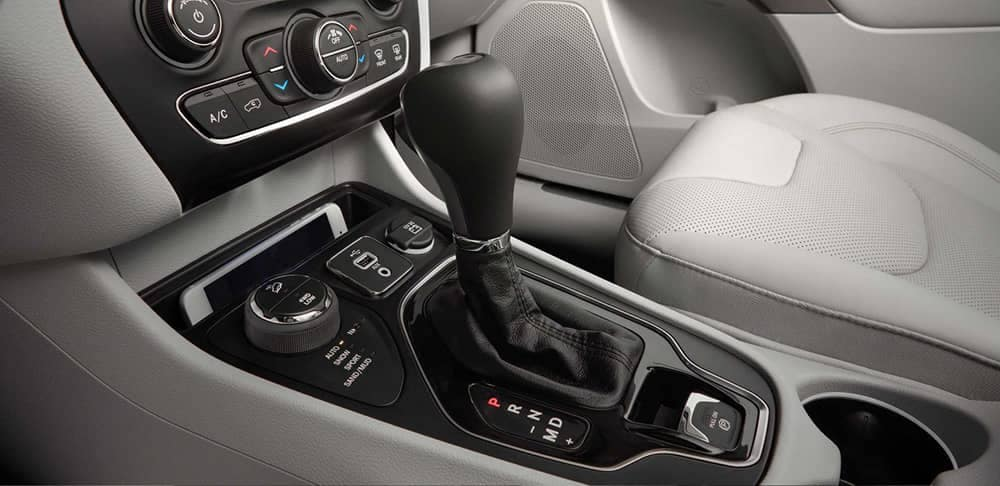 2019 Jeep Cherokee Interior Gallery 6