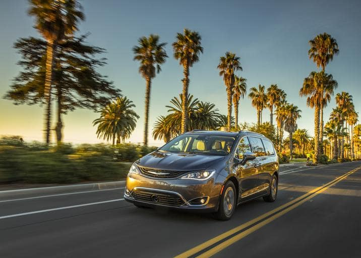 Automotive Science Group Honors the Chrysler Pacifica Hybrid