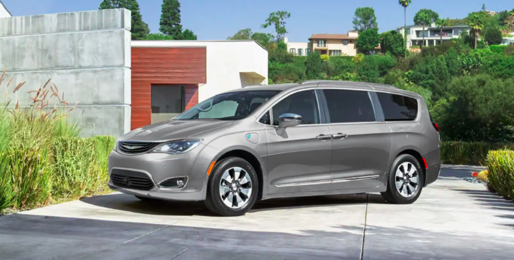 How To Open Fuel Door And Refuel The 2018 Chrysler Pacifica Hybrid